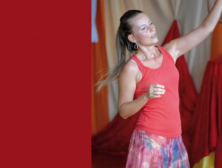 Bewegungsmeditation für Frauen & Integrales Tanzen mit Veronika